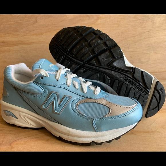 New balance 498 women's Running shoe NEW